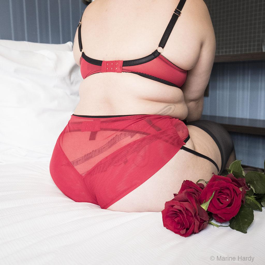 Scantilly_Knockout_blog_Lingerie_grande_taille_lingerie_rouge_1