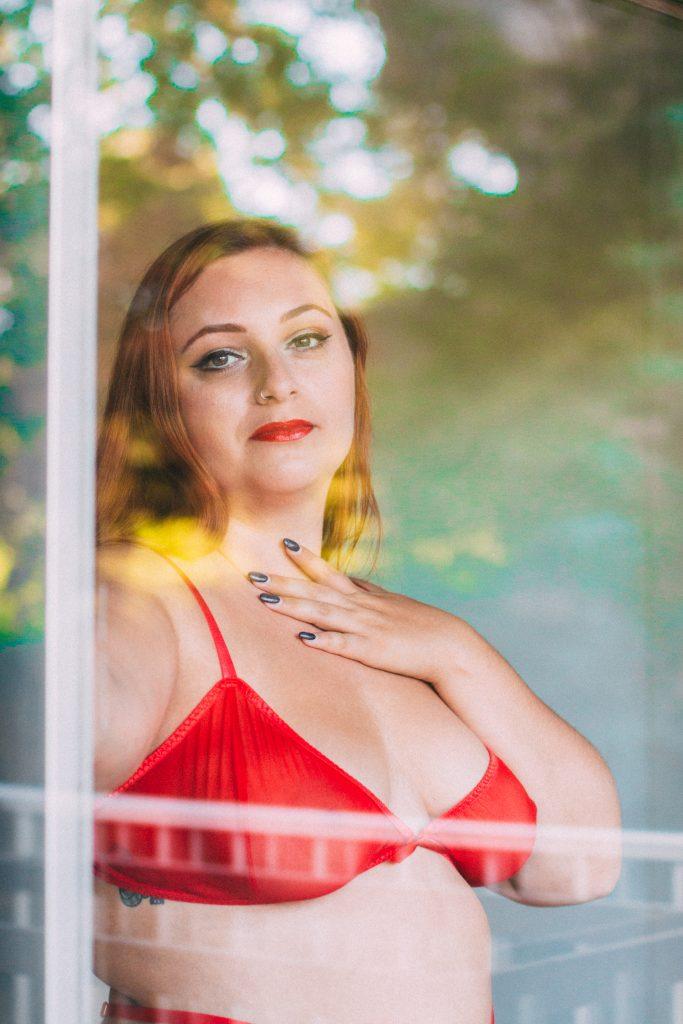 sacha-kimmes-valentina-blog-lingerie-grande-taille-le-salon-de-frivolites-soutien-gorge-triangle