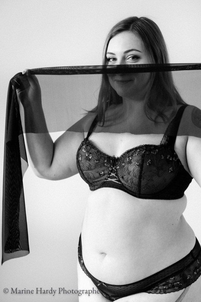 marine-hardy-photographe-aubade-blog-lingerie-grande-taille-voile