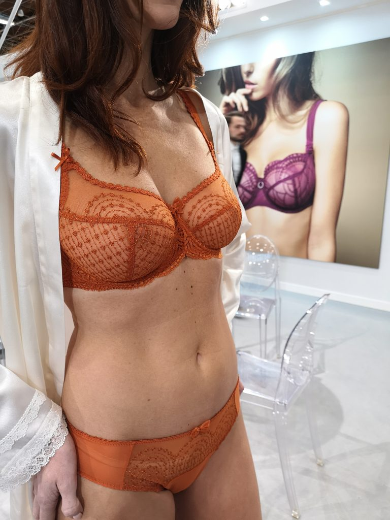 salon-de-la-lingerie-paris-empreinte