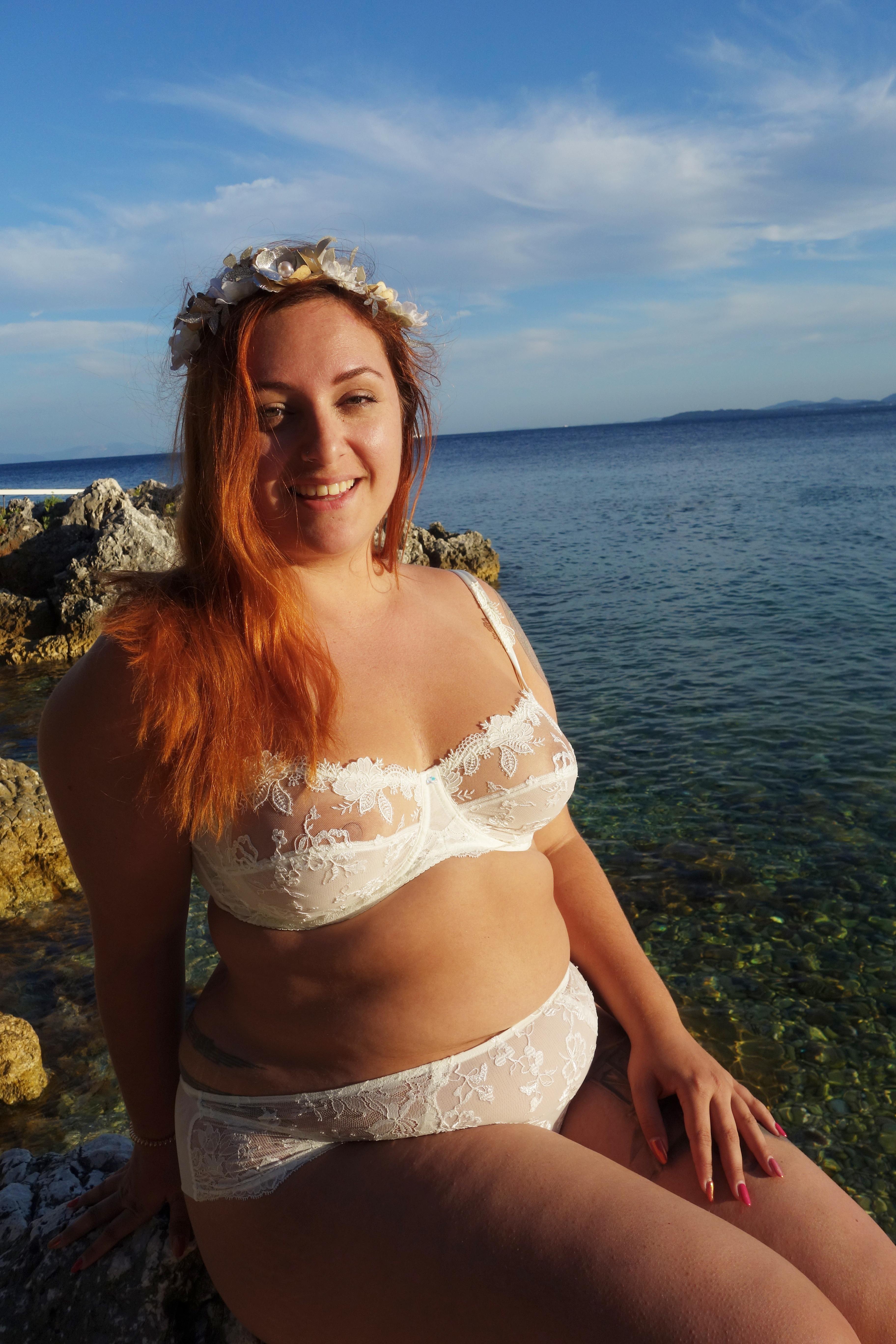 le-salon-de-frivolites-blog-lingerie-grande-taille-face1