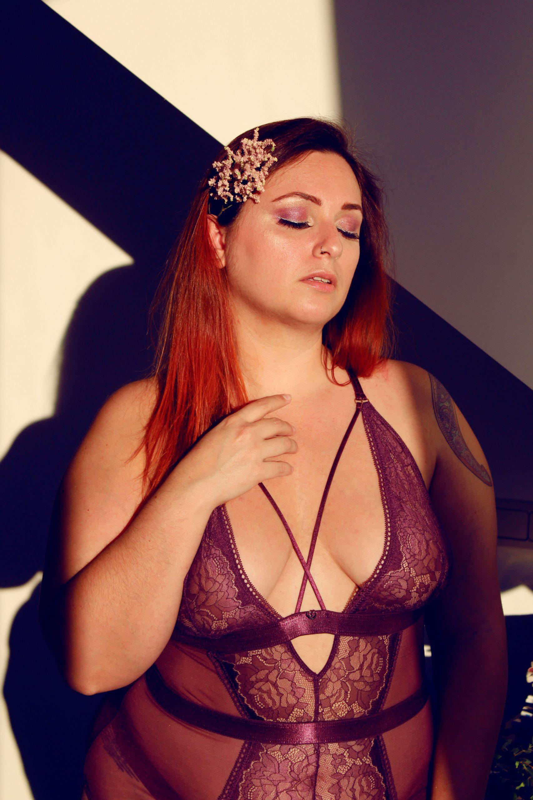 lingerie-sexy-grande-taille-lovehoney-blog-lingerie-conseil-lingerie-face3